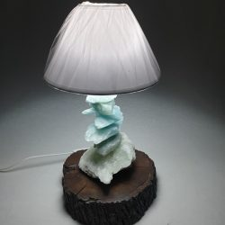 light lavriostone with aragonite lig4