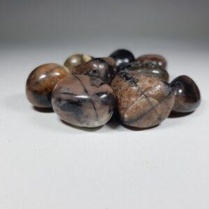 Χιαστόλιθος βότσαλο - Chiastolite Cr76 Lavriostone